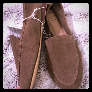 Shoes - Brown Suede Flat